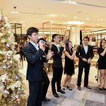 Christmas Caroling : Credit to Robinsons